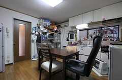 反対側から見たリビングの様子。(2012-01-24,共用部,LIVINGROOM,1F)
