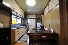 ダイニング・キッチンの様子。(2012-07-09,共用部,LIVINGROOM,1F)