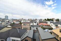 線路と反対側は見晴らしの良い住宅地。(2020-09-18,共用部,OTHER,4F)