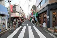 西武新宿線・野方駅前の商店街の様子。(2013-10-07,共用部,ENVIRONMENT,1F)