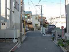各線中野坂上駅からシェアハウスへ向かう道の様子。(2008-02-27,共用部,ENVIRONMENT,1F)