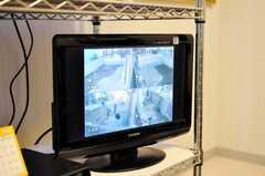 防犯カメラのモニター。(2010-02-04,共用部,OTHER,1F)