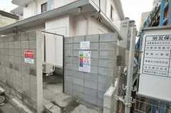 ゴミステーションの様子。ゴミはこちらへ。(2010-02-04,共用部,OTHER,1F)