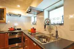キッチンの様子。(2012-09-10,共用部,KITCHEN,2F)