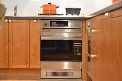 アメリカ製のオーブン。(2012-09-10,共用部,KITCHEN,2F)
