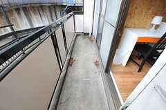 ベランダは207号室と共用です。(206号室)(2012-08-07,専有部,ROOM,2F)