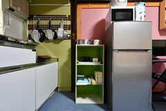収納棚、冷蔵庫も備え付けです。(101号室)(2019-08-29,専有部,ROOM,1F)