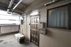 シェアハウスの玄関。(2020-05-21,周辺環境,ENTRANCE,1F)