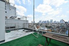 屋上の様子2。洗濯物も干せます。(2019-08-09,共用部,OTHER,8F)