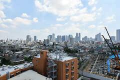 屋上からの景色。新宿のビル群が見えます。(2019-08-09,共用部,OTHER,8F)