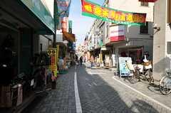 JR各線・高円寺駅近くの商店街の様子。(2011-12-07,共用部,ENVIRONMENT,1F)