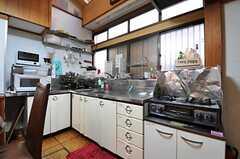 キッチンの様子。(2013-01-07,共用部,KITCHEN,1F)
