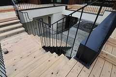 2Fから見た階段の様子。(2014-03-14,共用部,OTHER,2F)