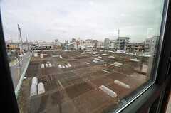 窓から見た畑の様子。(208号室)(2014-03-14,専有部,ROOM,3F)
