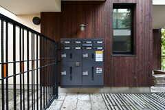 部屋ごとの郵便受けと宅配ボックスが設置されています。(2020-10-21,周辺環境,ENTRANCE,1F)