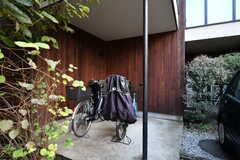 自転車置き場の様子。(2020-10-21,共用部,GARAGE,1F)
