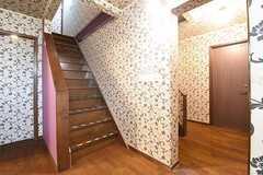 204、205、206号室の階段の様子。階段を上がった先がトイレです。(2016-09-07,共用部,OTHER,1F)