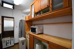 キッチンの対面は収納棚です。(2017-10-04,共用部,KITCHEN,1F)