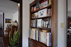 本棚の様子。(2016-08-08,共用部,LIVINGROOM,2F)