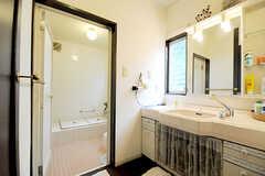 洗面台と脱衣室の様子。(2010-06-09,共用部,BATH,1F)