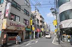 西武新宿線・上石神井駅前の様子。(2011-03-25,共用部,ENVIRONMENT,1F)