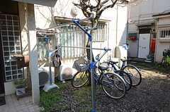 自転車置場の様子。(2016-03-15,共用部,GARAGE,1F)
