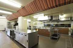 シェアハウスのキッチンの様子。(2011-07-26,共用部,KITCHEN,1F)