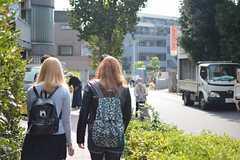 外出時の様子。駅までは徒歩5分です。(2015-10-24,共用部,OTHER,1F)