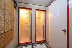 女性専用のシャワールームの様子。(2015-01-22,共用部,BATH,1F)