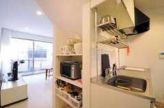 シェアハウスのキッチンの様子。(2011-02-23,共用部,KITCHEN,1F)
