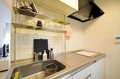 シェアハウスのキッチンの様子2。(2011-02-23,共用部,KITCHEN,1F)