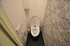 ウォシュレット付きトイレの様子。(2011-02-23,共用部,TOILET,1F)