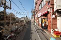 東武練馬駅からシェアハウスへ向かう道の様子。(2009-01-05,共用部,ENVIRONMENT,1F)