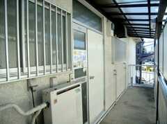 シェアハウスの玄関(2007-11-22,周辺環境,ENTRANCE,2F)