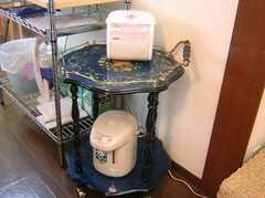 炊飯ジャーとポットの様子。(2007-11-22,共用部,OTHER,2F)