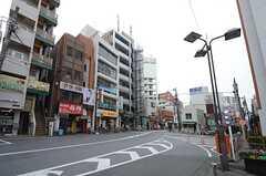 西武新宿線・武蔵関駅前の様子。(2015-03-16,共用部,ENVIRONMENT,1F)