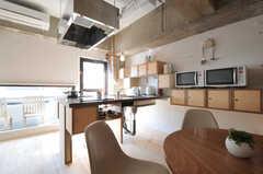 シェアハウスのキッチンの様子。(2011-03-18,共用部,KITCHEN,3F)