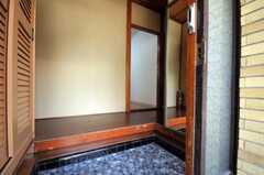 正面玄関から見た内部の様子。(2010-09-01,周辺環境,ENTRANCE,1F)
