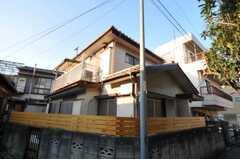 シェアハウスの外観。(2011-02-03,共用部,OUTLOOK,1F)