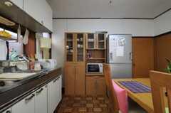食器棚の様子。(2011-02-03,共用部,KITCHEN,1F)