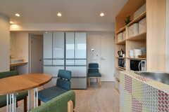 冷蔵庫は2台設置されています。(2018-12-19,共用部,KITCHEN,4F)