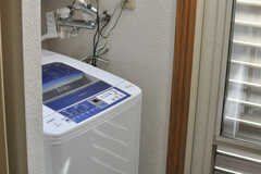 洗濯機の様子。(2013-09-02,共用部,LAUNDRY,2F)