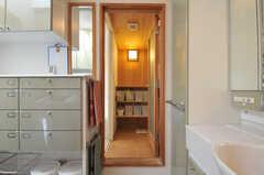 脱衣スペースの様子。(2013-09-02,共用部,BATH,2F)