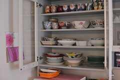 食器棚の様子2。(2015-02-12,共用部,LIVINGROOM,1F)