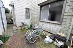自転車置場の様子。(2010-02-12,共用部,GARAGE,1F)