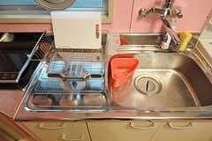 キッチンの様子。(101号室・102号室専用)(2014-03-19,共用部,KITCHEN,1F)