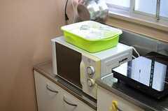 キッチン家電も用意されています。(103・104号室専用)(2014-08-19,共用部,KITCHEN,1F)
