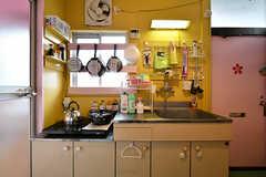 キッチンの様子。(203・204号室専用)(2017-03-15,共用部,KITCHEN,2F)