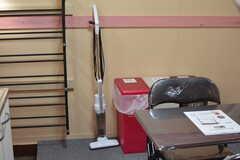 掃除機は自由に使えます。(105・106号室専用)(2020-08-27,共用部,LIVINGROOM,1F)