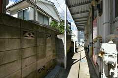 玄関前は物干しスペースです。(2020-08-27,共用部,OTHER,1F)
